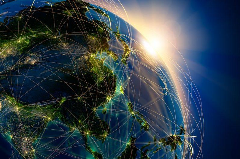trafic-internet-monde-©-Anton-Balazh-shutterstock